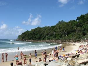 E Noosa Beach