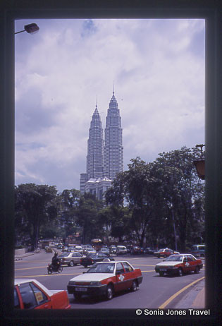 Petronas Towers - Photo by Greg Thomas 2001