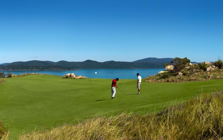 Qualia golf.jpg